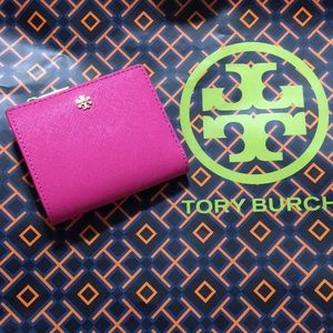 NWT Tory Burch Emerson Mini Wallet in Crazy Pink